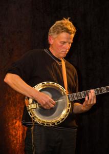 Leif Gunnarsson på Banjo på Repslagarbanan i Älvängen