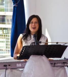 För Sång och musik stod Hedvig Slomian