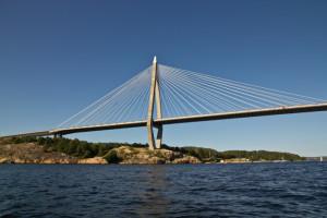 Uddevallabron i sin prakt